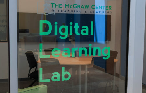 view into the collaboration table in the Digital Learning Lab